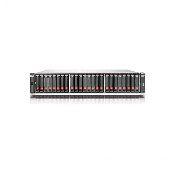 HP StorageWorks MSA2324SA, zlomený plast na pravej strane